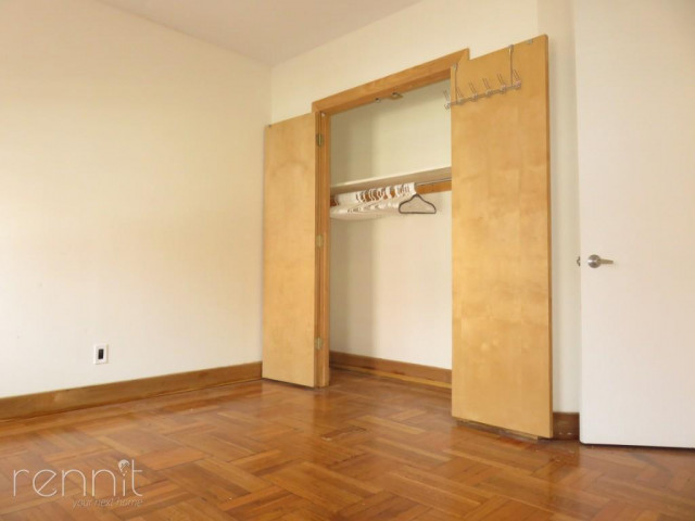 1140 Saint Johns Place, Apt 5 Image 4