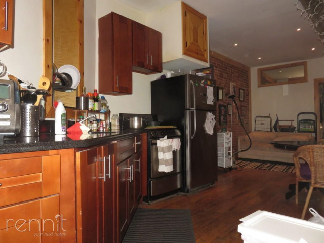 645 Willoughby Ave, Apt 3 Image 1