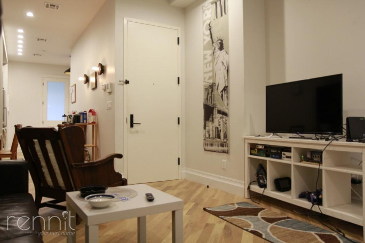 1028 Madison Street, Apt 5 Image 18