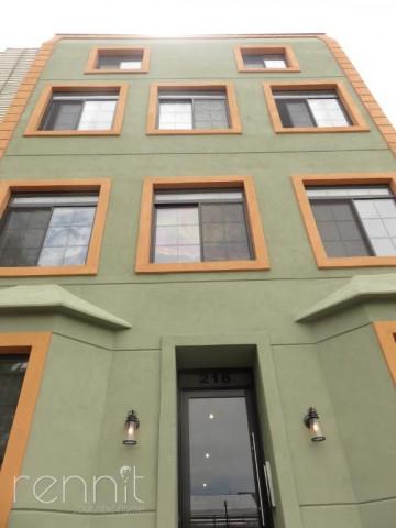 218 Boerum Street, Apt 2L Image 12
