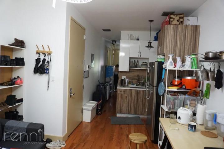 218 Boerum Street, Apt 3R Image 8