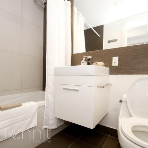 616 WILLOUGHBY AVE., Apt 3B Image 7