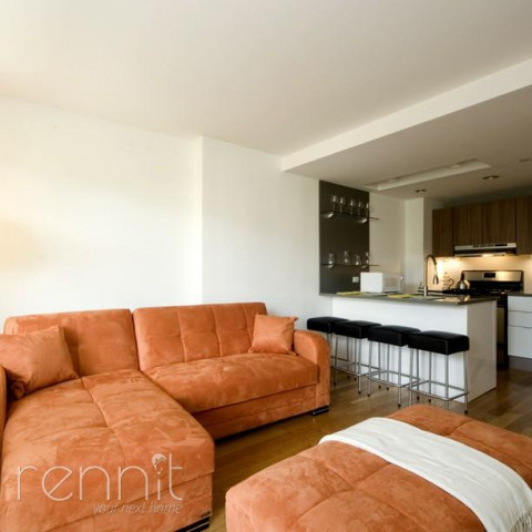 616 WILLOUGHBY AVE., Apt 3B Image 3
