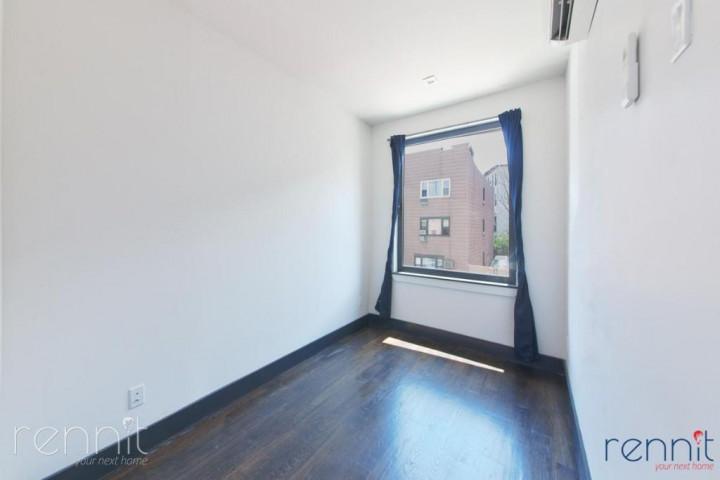 241 Devoe Street, Apt 2L Image 11