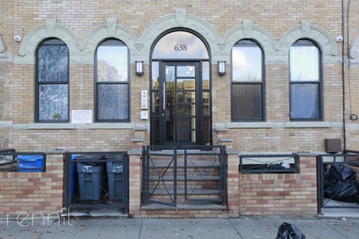 638 Wilson Avenue, Apt 1R Image 19