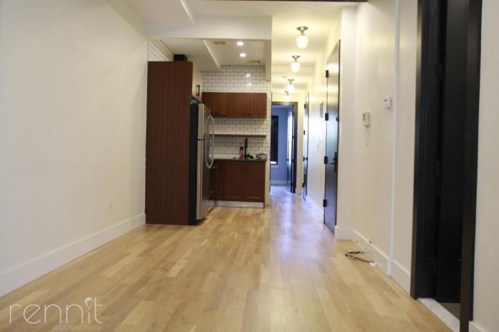 852 Hart Street, Apt 3R Image 18