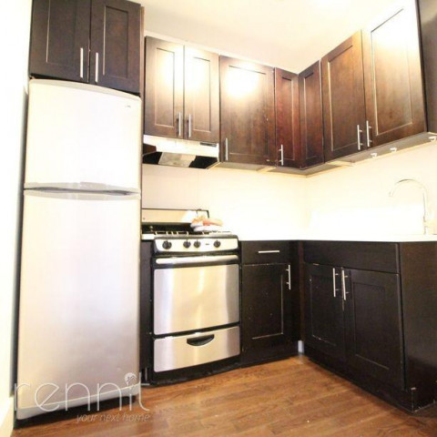 309 TOMPKINS AVE., Apt 4A Image 4