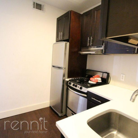 309 TOMPKINS AVE., Apt 4A Image 12