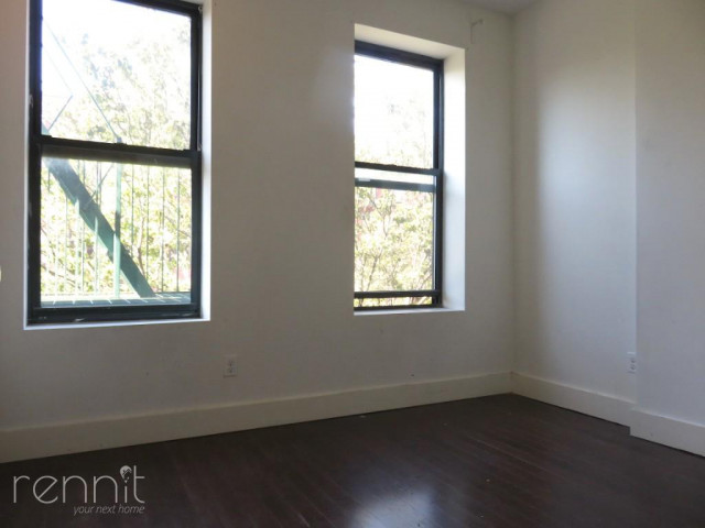 309 TOMPKINS AVE., Apt 4A Image 3