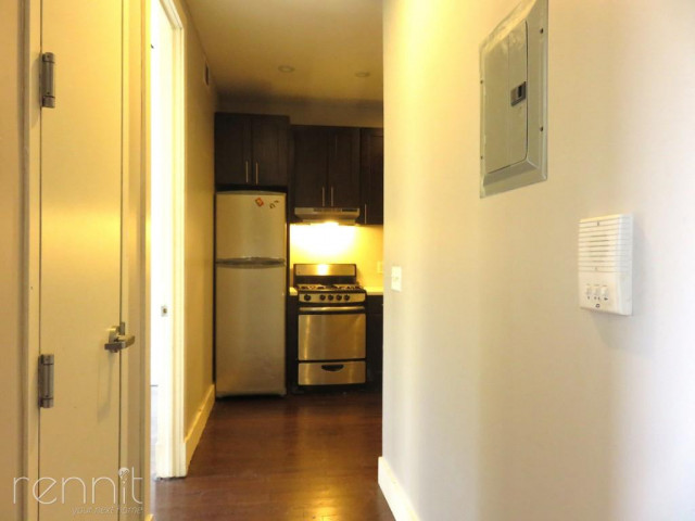 309 TOMPKINS AVE., Apt 4A Image 17