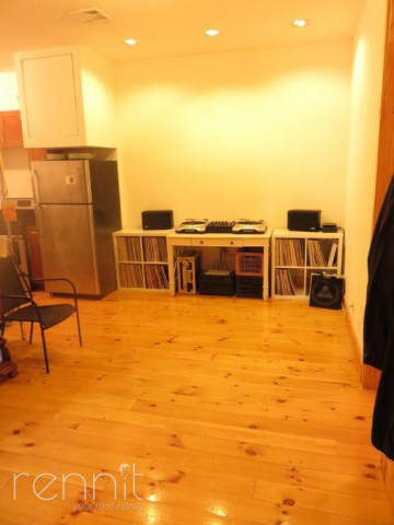 1056 Willoughby Ave, Apt 2F Image 11