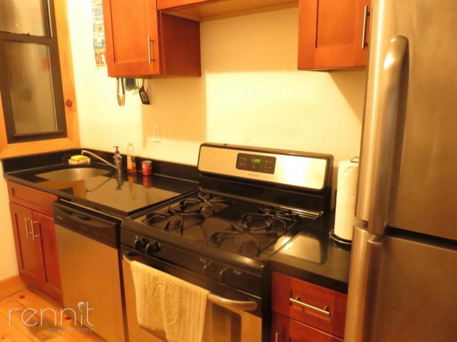 1056 Willoughby Ave, Apt 2F Image 6