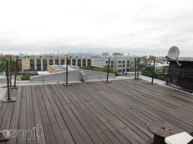 1056 Willoughby Ave, Apt 2F Image 9