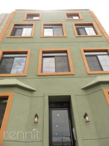 218 Boerum Street, Apt 2F Image 14