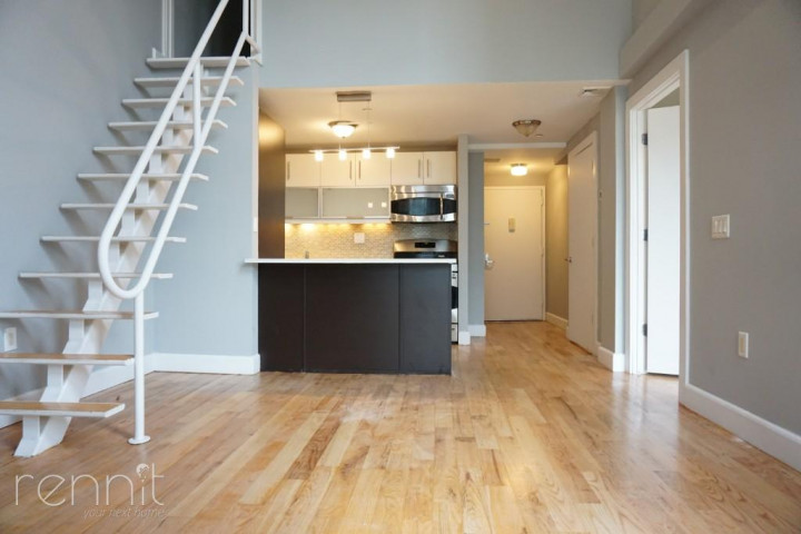 42 Meserole Street, Apt 2022 Image 2