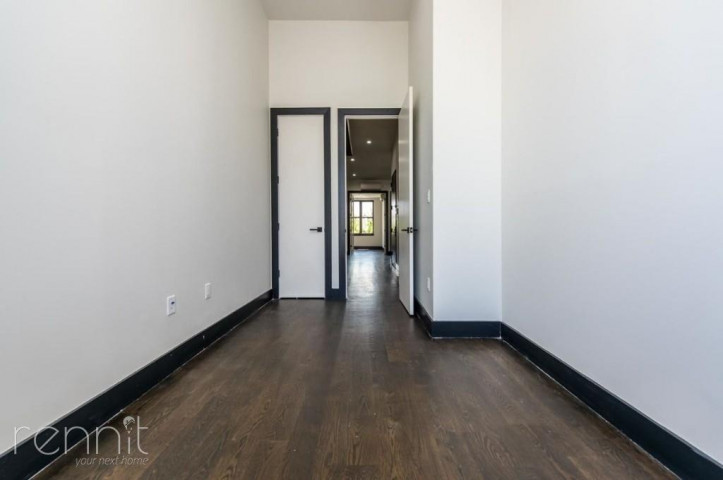 1042 FLUSHING AVE., Apt 203 Image 5