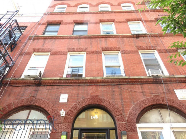 146 Skillman Street, Apt 1F Image 14