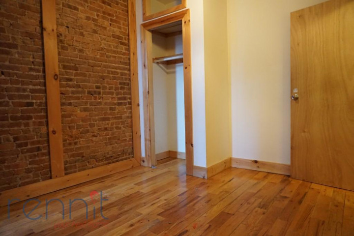 645 Willoughby Ave, Apt 4D Image 9