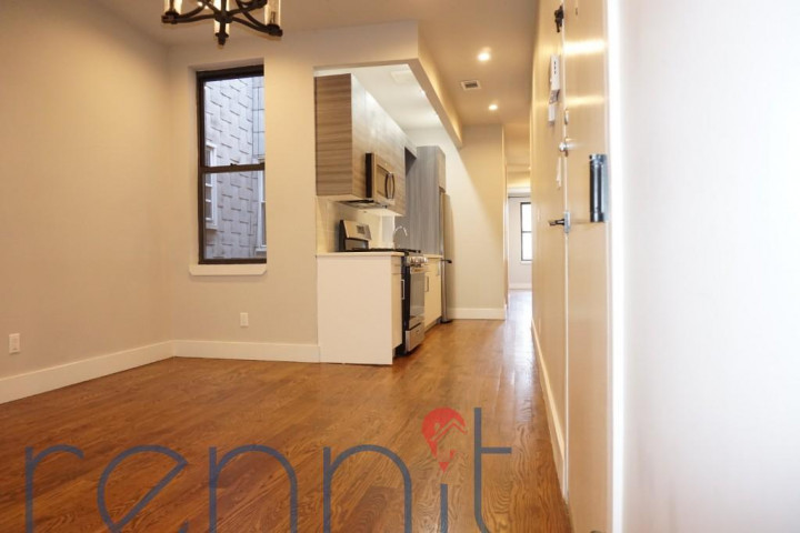 68-07 FOREST AVE., Apt LL1 Image 3
