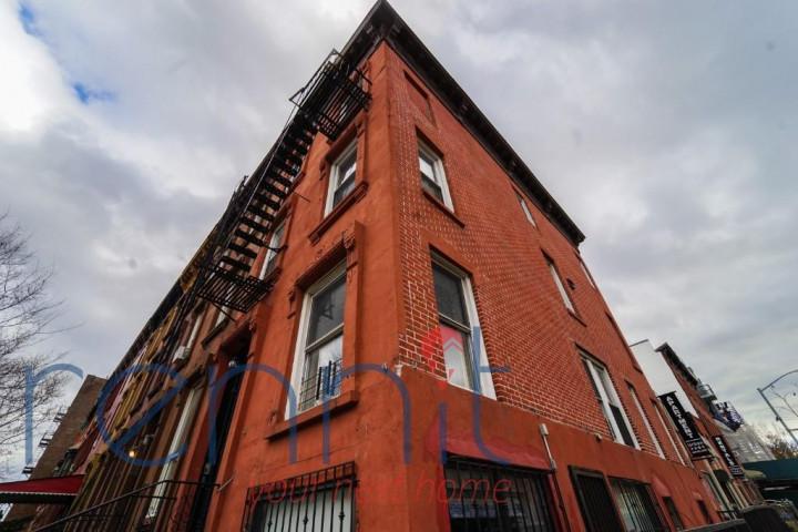 636 St Marks Ave, Apt 3R Image 10