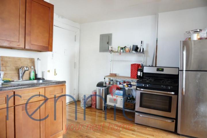 370 Bedford Avenue, Apt 24 Image 4