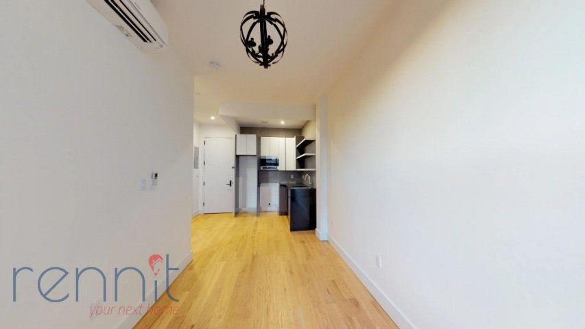 800 KNICKERBOCKER AVE., Apt 1B Image 5
