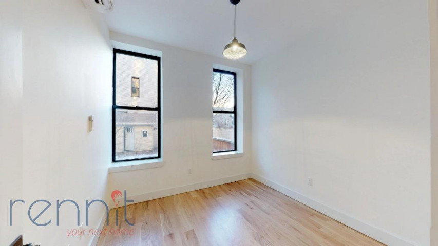 800 KNICKERBOCKER AVE., Apt 1B Image 8