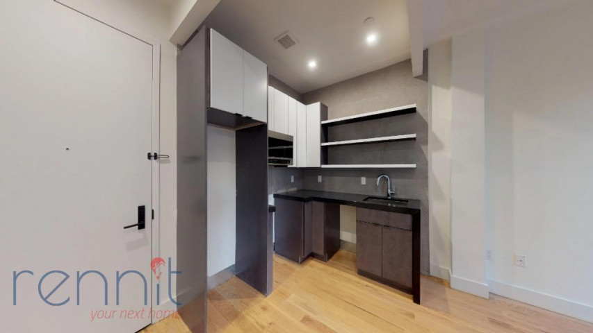 800 KNICKERBOCKER AVE., Apt 1B Image 2