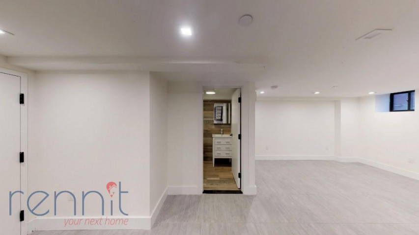 800 KNICKERBOCKER AVE., Apt 1B Image 14