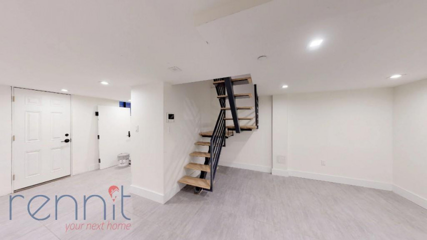 800 KNICKERBOCKER AVE., Apt 1B Image 11