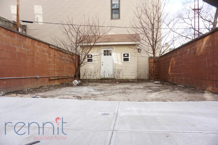 800 KNICKERBOCKER AVE., Apt 1B Image 13