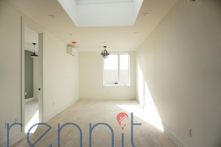 800 KNICKERBOCKER AVE., Apt 4 Image 1