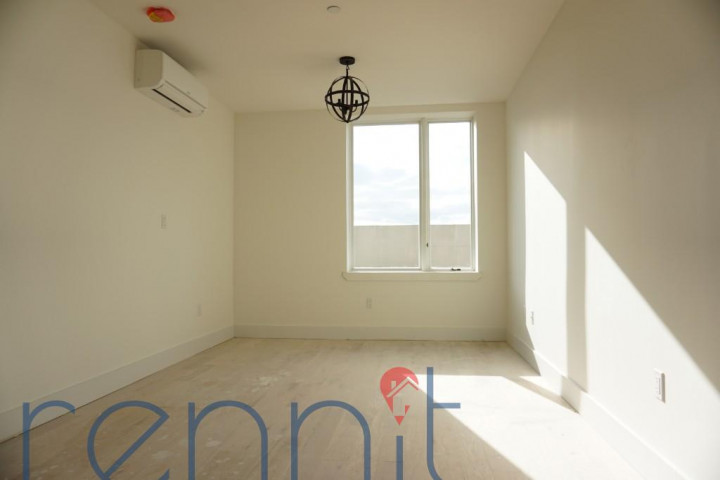 800 KNICKERBOCKER AVE., Apt 4 Image 3