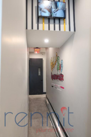 800 KNICKERBOCKER AVE., Apt 4 Image 12