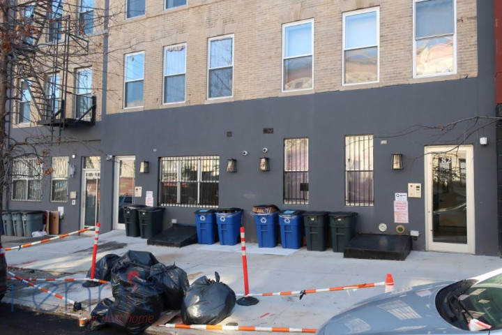 828 Saint Johns Place, Apt 1F Image 15
