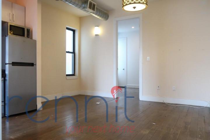 406 Evergreen Avenue, Apt 1F Image 6