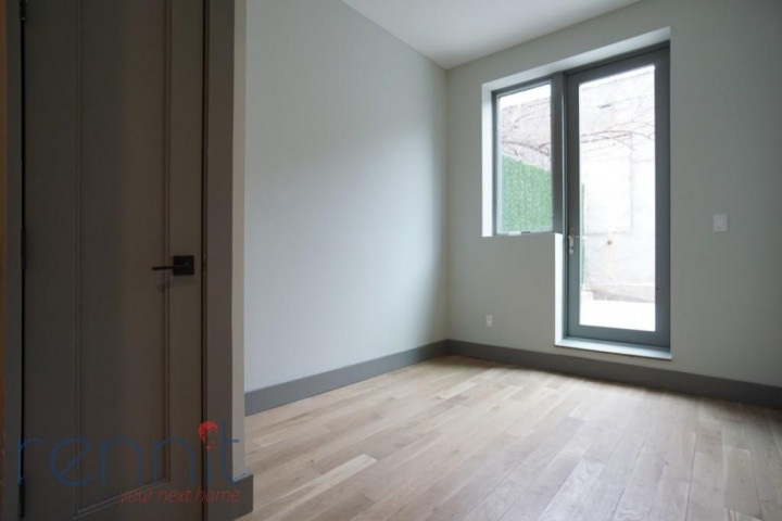49 Rochester Ave, Apt 1R Image 4