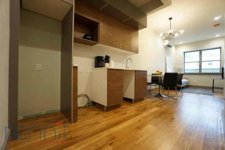 49 Rochester Ave, Apt 2R Image 2