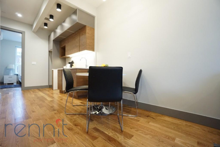 49 Rochester Ave, Apt 2R Image 4