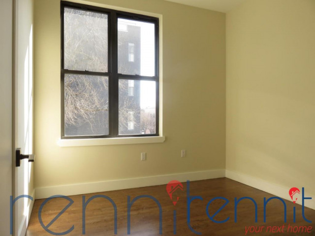565 Evergreen Avenue, Apt 2B Image 3