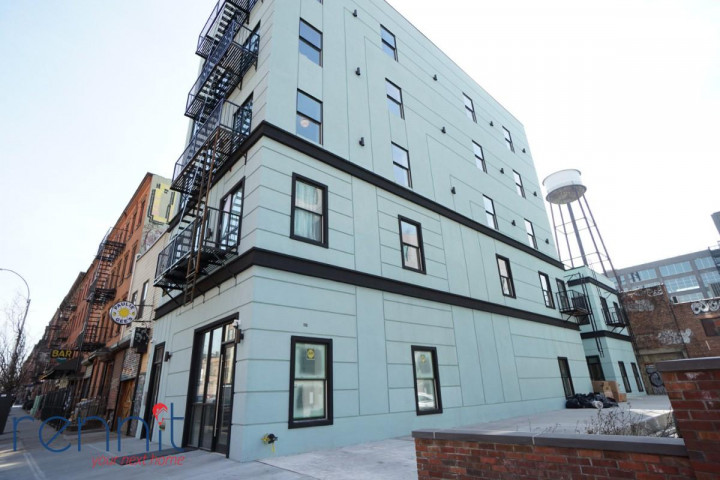 58 Greenpoint Ave, Apt 3A Image 11