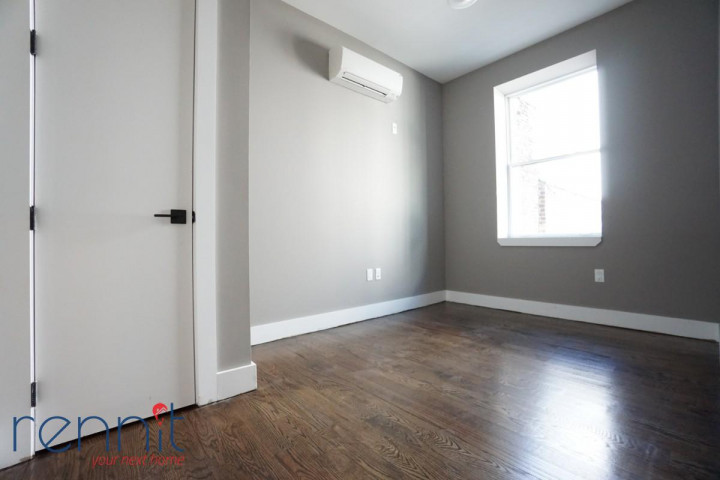 60 Greenpoint Ave, Apt 2D Image 12