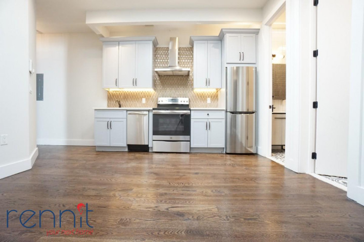60 Greenpoint Ave, Apt 2D Image 9