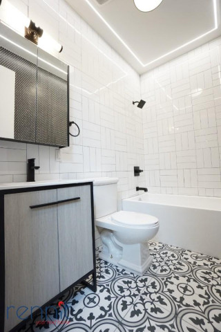 60 Greenpoint Ave, Apt 2D Image 8