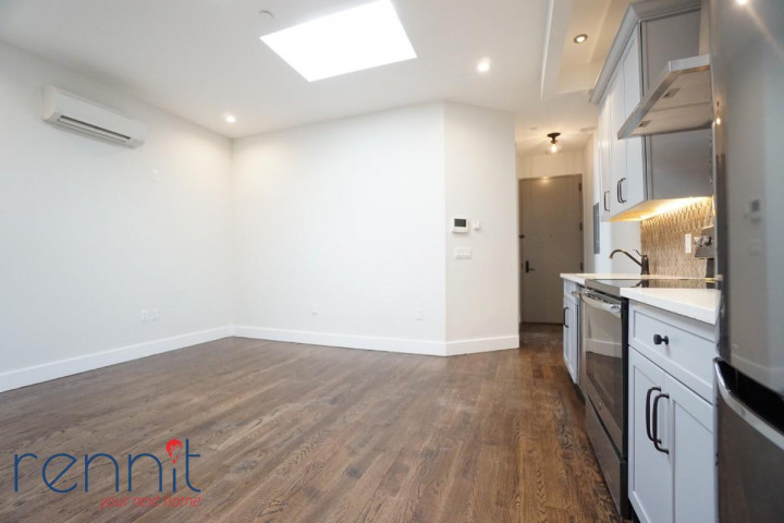 60 Greenpoint Ave, Apt 2D Image 2