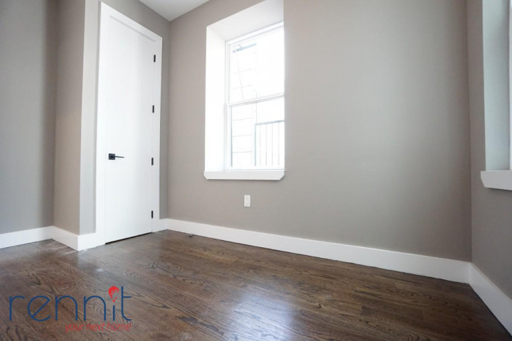 60 Greenpoint Ave, Apt 2D Image 4