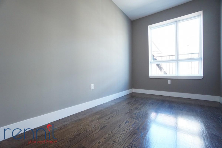 58 Greenpoint Ave, Apt 2A Image 4