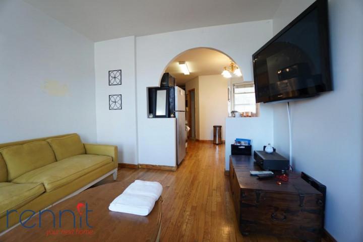 370 Bedford Avenue, Apt 18 Image 3