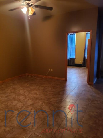 973 40th st, Apt 101 Image 3