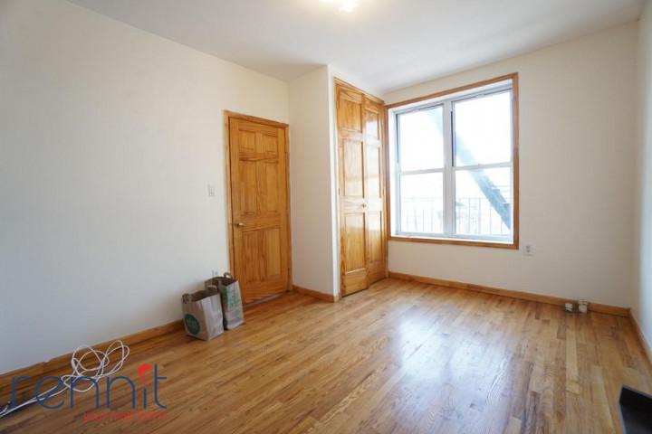 370 Bedford Avenue, Apt 5 Image 3